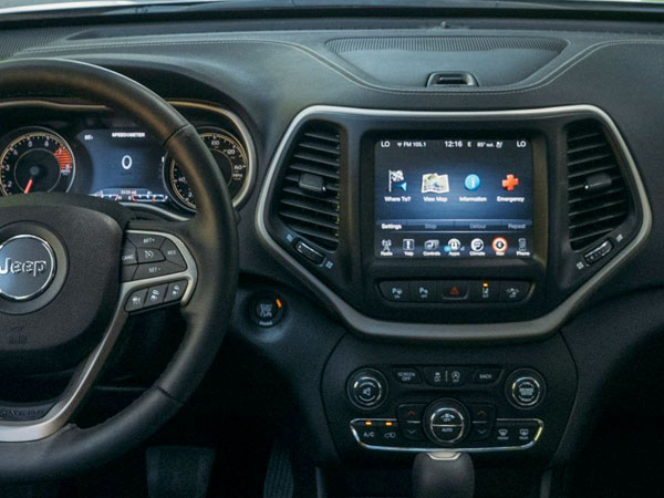 2017 Jeep Cherokee Explore Our Space