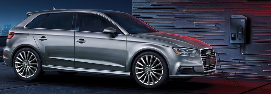 2017 Audi A3 Sportback e-tron LED headlights