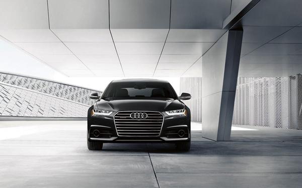 2017 Audi A6 Singleframe® grille Xenon plus headlights