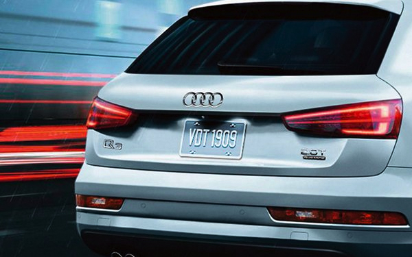 2017 Audi Q3 Crossover LED headlights LED taillights