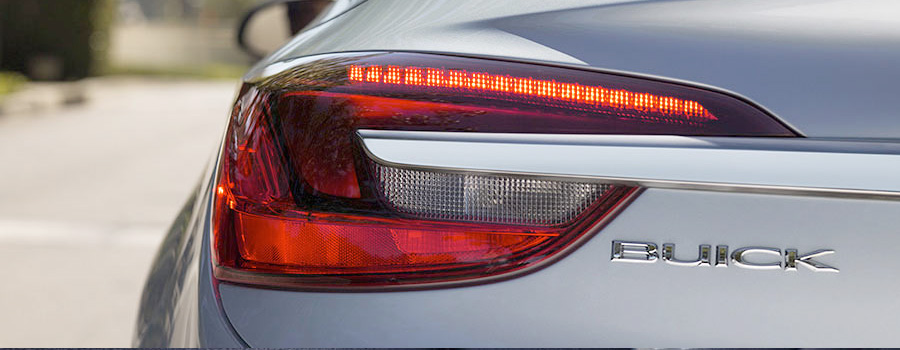 2017-Buick-Cascada Convertible LED ACCENTED TAILLAMPS