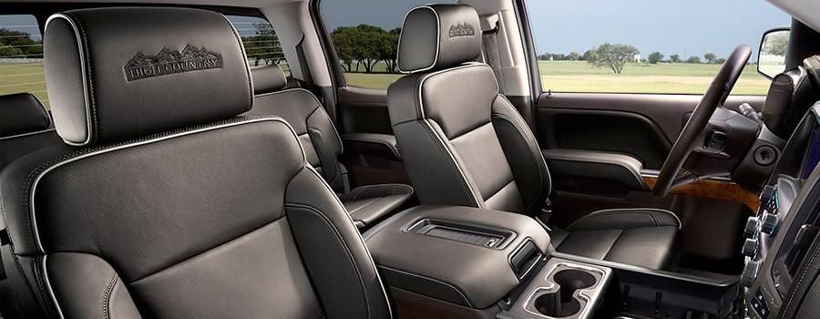 2017-chevrolet-Silverado 1500 interior