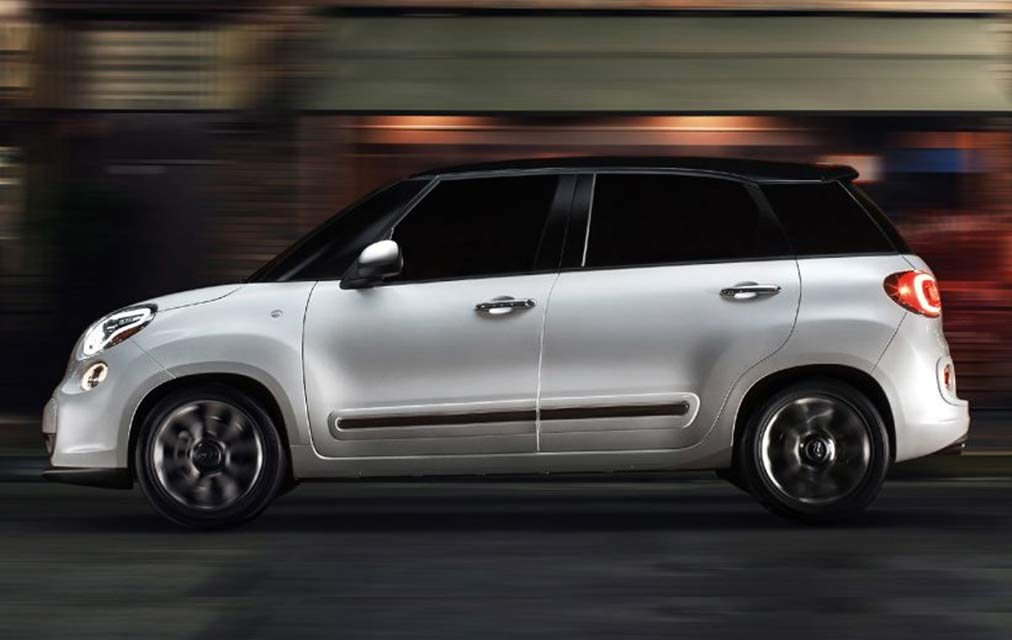 2017 Fiat 500L EXPAND YOUR VIEW