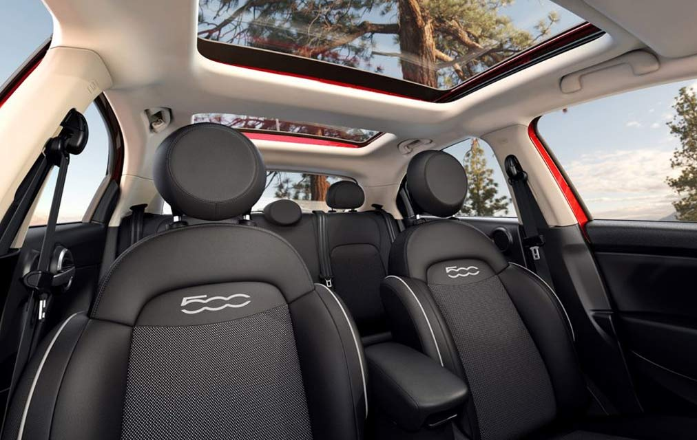2017 FIAT 500x FLEXIBLE SEATING