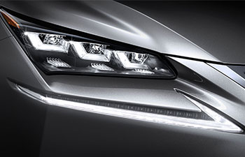 2017 Lexus NX ICONIC LIGHTING