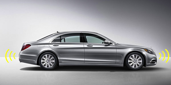 2017 Mercedes S-Class Sedan cover your ears before a bang-up