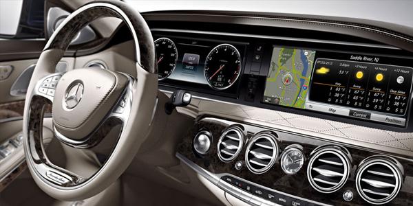 2017 Mercedes S-Class Sedan see around corners.