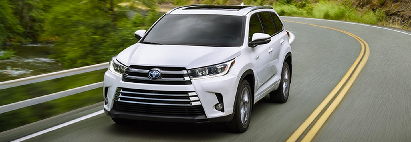 2018 Toyota Highlander Hybrid In Miami Fl Serving