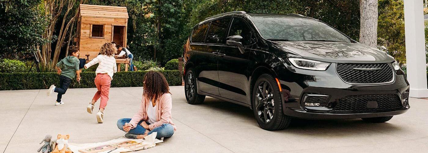 2021 Chrysler Pacifica  Header