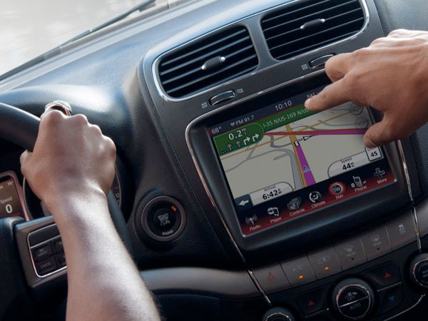 2017 Dodge Journey RADIO 8.4 NAVIGATION
