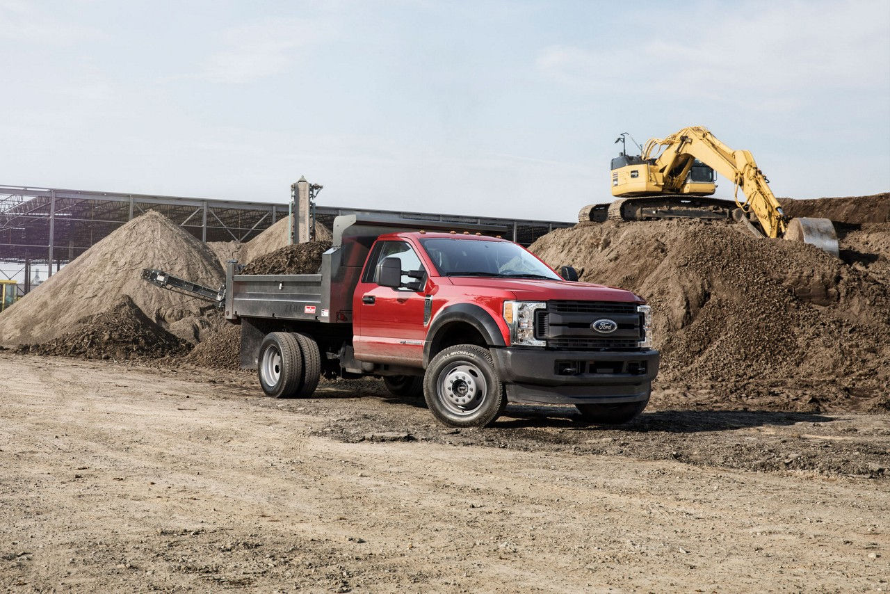 2017 Chassis Cab LIVE-DRIVE PTO