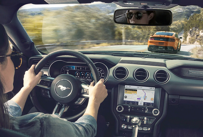 2021 Ford Mustang  Technology