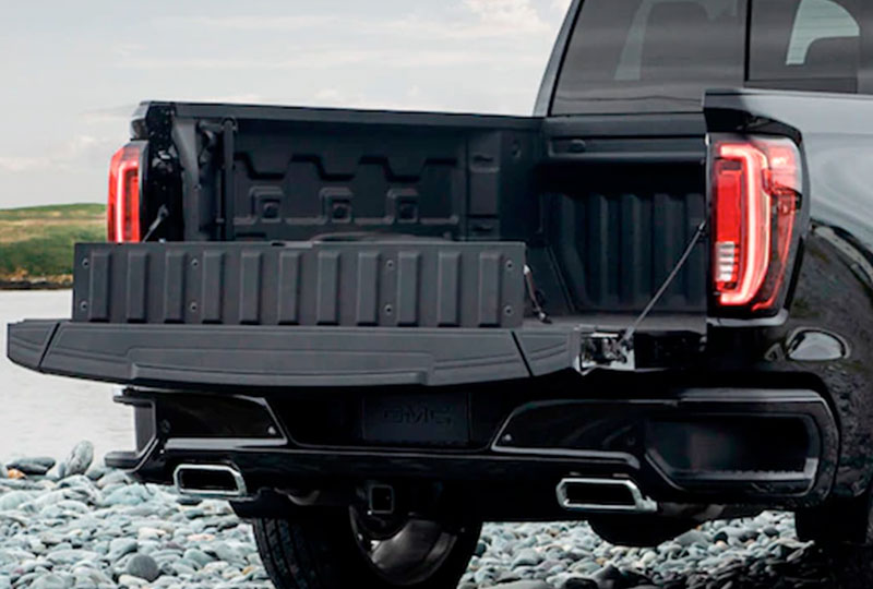 AVAILABLE WORLD'S FIRST SIX-FUNCTION MULTIPRO™ TAILGATE