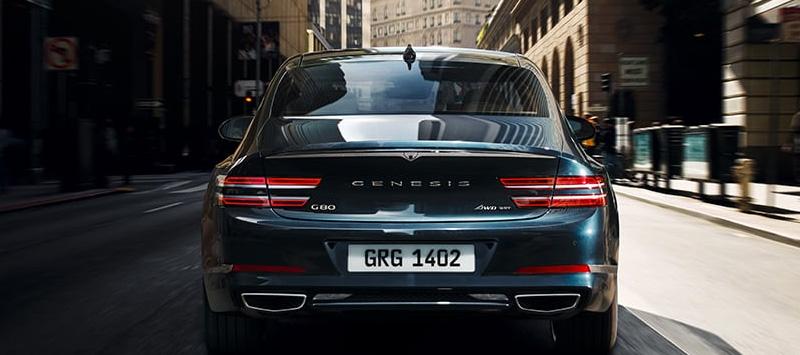 2021 Genesis G80  Design