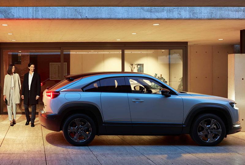 2022 Mazda MX-30 DESIGN
