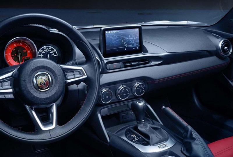 2019 Fiat 124 Spider TECHNOLOGY & SAFETY