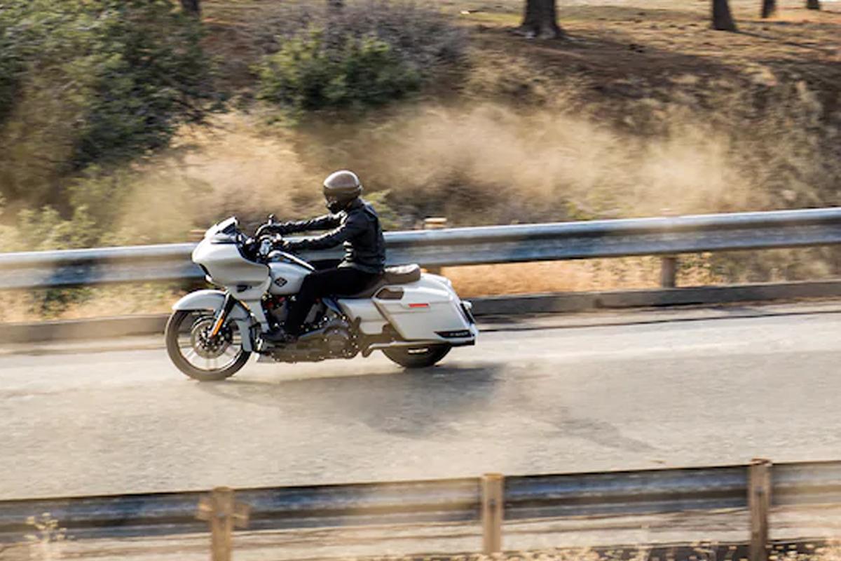 2020 Harley-Davidson CVO Road Glide gallery
