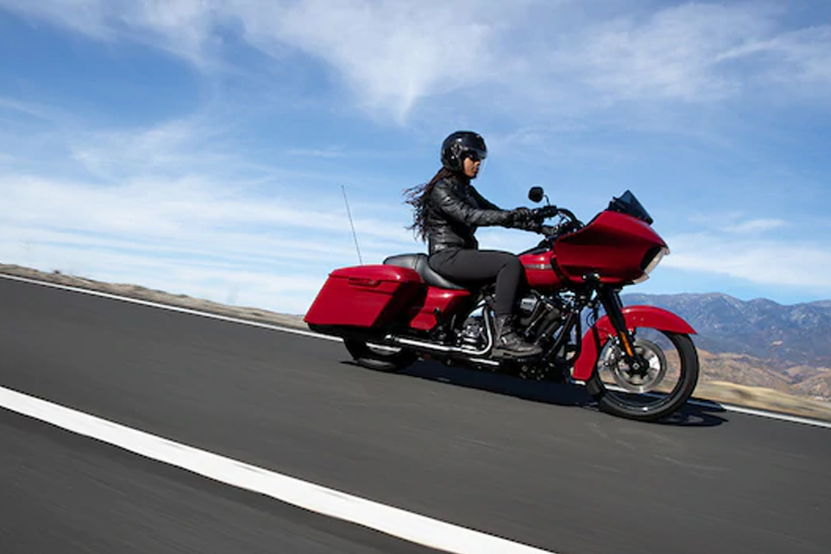 2020 Harley-Davidson Road Glide gallery 2
