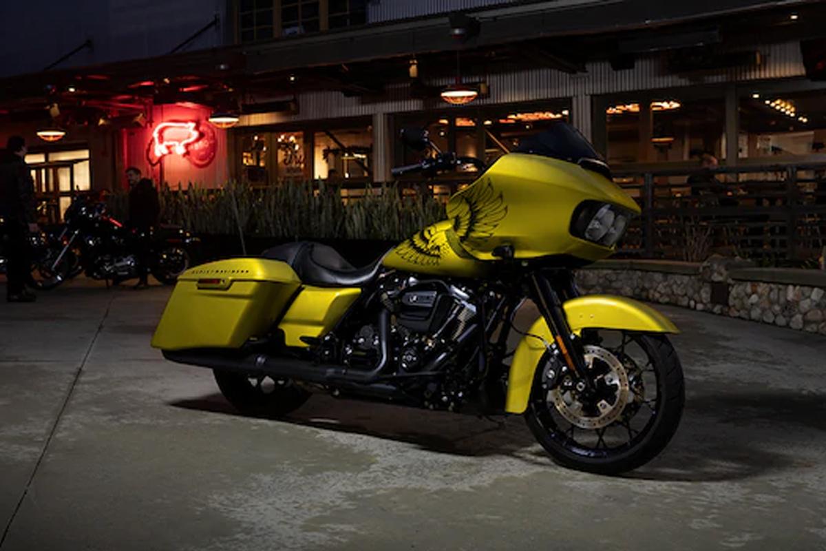 2020 Harley-Davidson Road Glide gallery 3