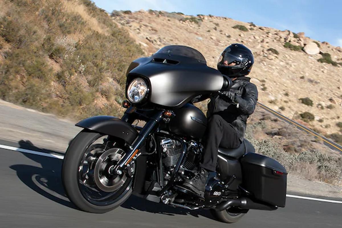 2020 Harley-Davidson Street Glide gallery
