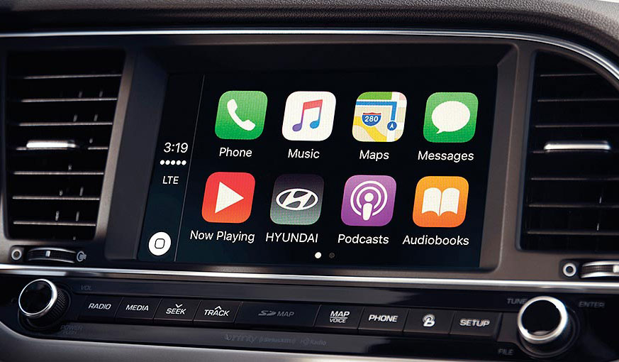 Android Auto™ & Apple CarPlay™