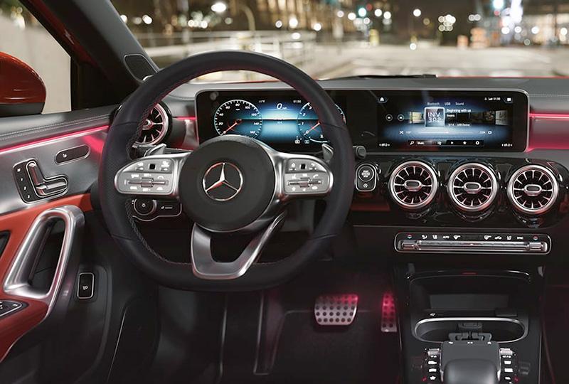 2021 Mercedes Benz A-class sedan technology