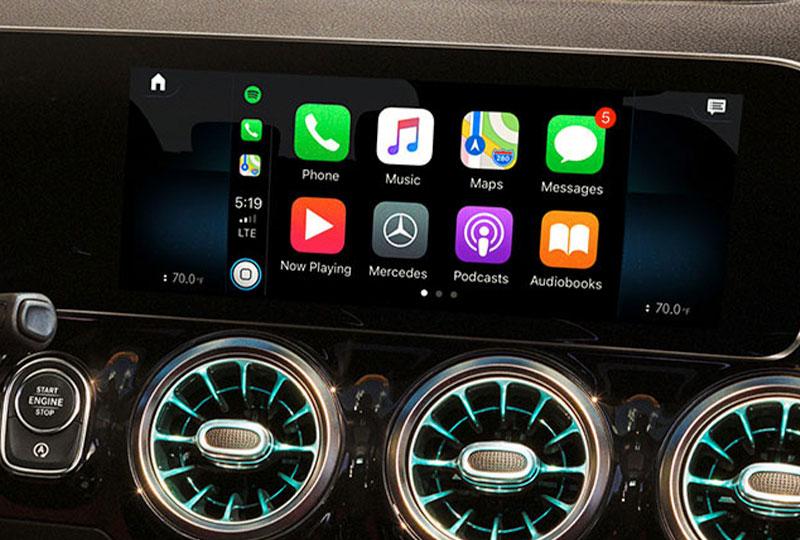 2021 Mercedes Benz GLA SUV technology