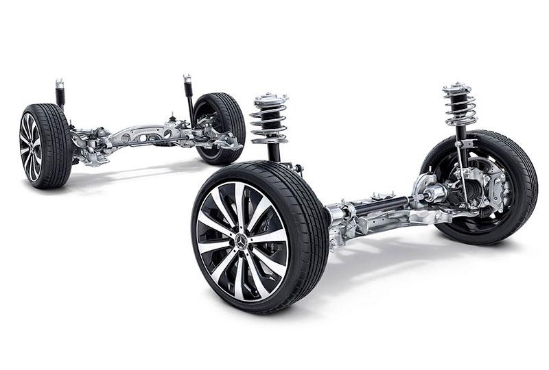 2021 Mercedes Benz GLA SUV VERSATILITY