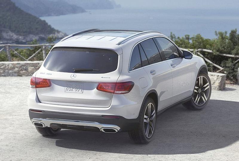 2021 Mercedes Benz GLC design