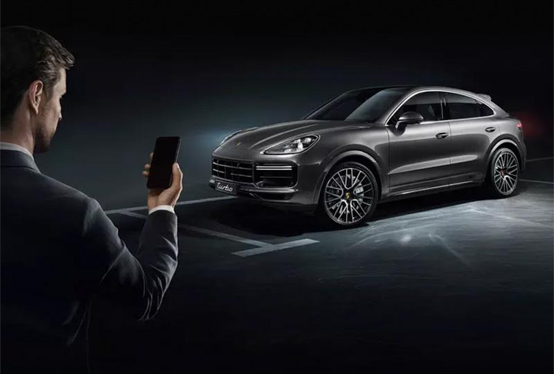 2019 Porsche Cayenne Coupe Technology