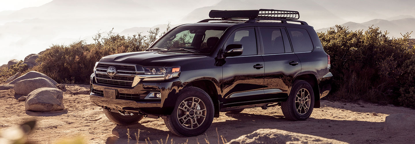 2020 Toyota Land-Cruiser header