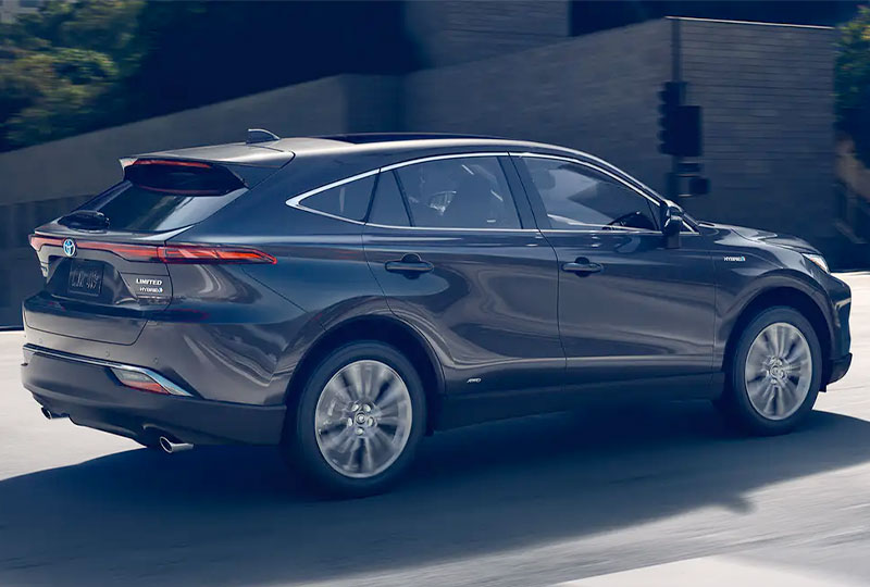 2021 Toyota Venza Enjoy the extra mile.