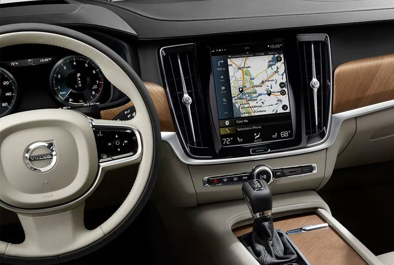 2020 Volvo S90 Technology