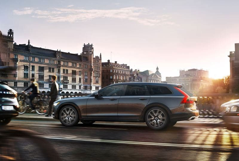 2020 Volvo V90 Cross Country safety