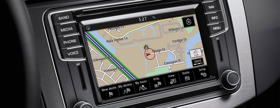 Discover Media touchscreen navigation system