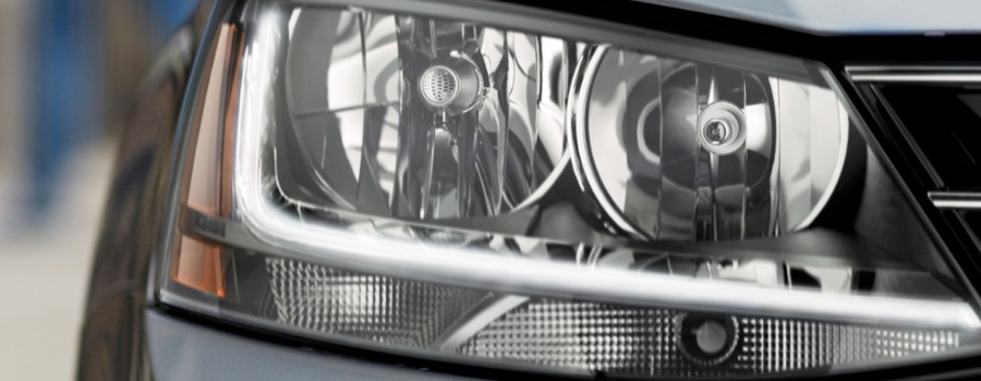 Halogen headlights with LED Daytime Running Lights (DRL)