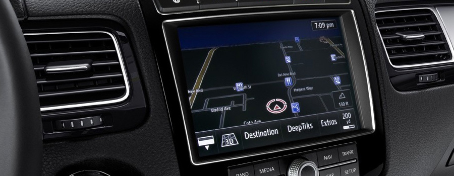 touchscreen navigation with 3D landmarks
