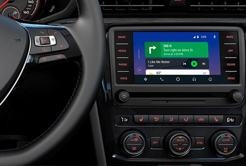 2020 Volkswagen Passat Technology
